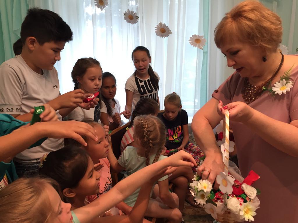 В ЗАГСах отпраздновали День семьи, любви и верности